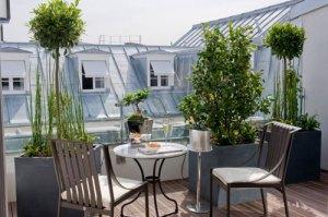 Le Burgundy - Suite balcony
